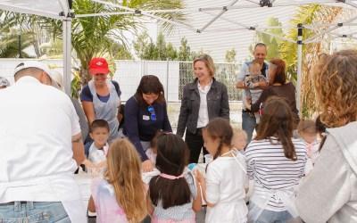 AMICS reúne a 70 familias en una mañana de convivencia y pizza