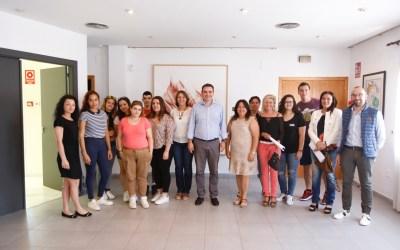 L'Alfàs contrata a 10 jóvenes desempleados a través del programa T'Avalem