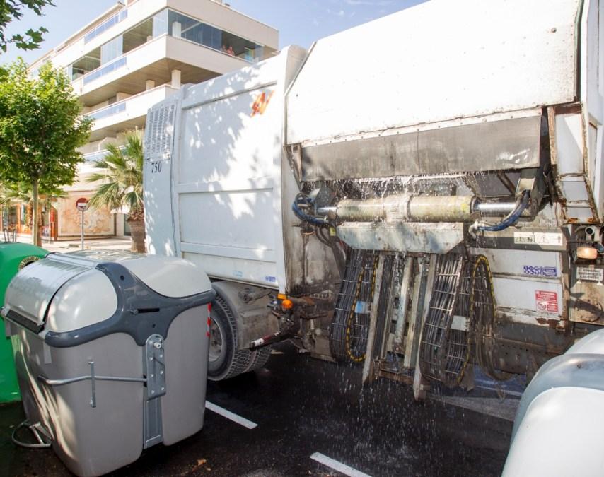 vehículo lavacontenedores en l'Alfàs del Pi
