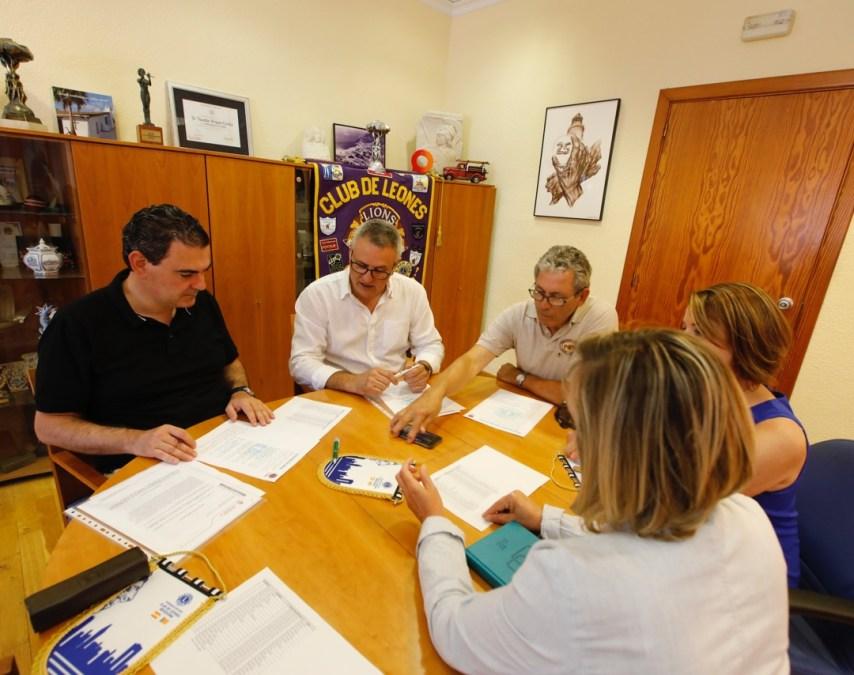 Reunión alcalde de l'Alfàs con Club Leones