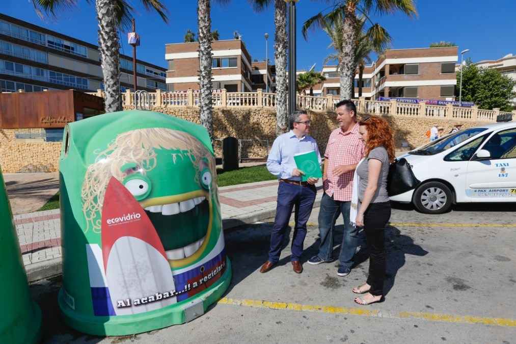 En marcha la campaña estival de reciclaje de vidrio en l'Alfàs del Pi
