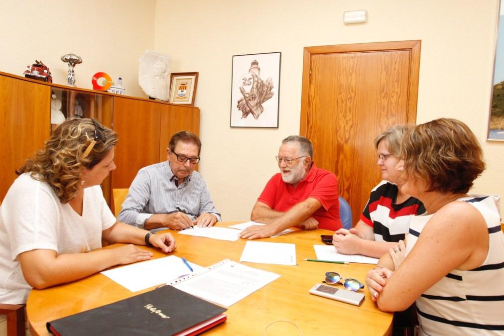 El Ayuntamiento de l'Alfàs del Pi y el Centro Doble Amor renuevan el convenio de colaboración