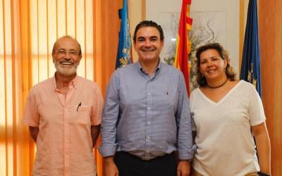 El Ayuntamiento y la Coral L'Alfàs Canta renuevan su acuerdo de colaboración para potenciar la música