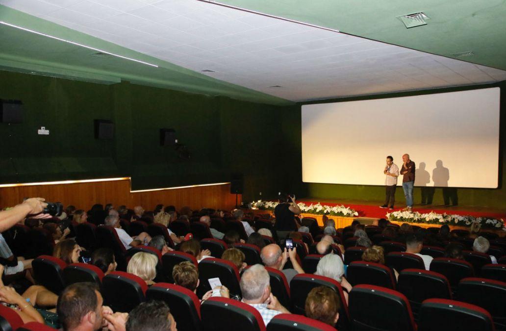 Los espectadores del Festival de Cine de l'Alfàs se vuelcan con la nueva sección 'Conversaciones con el cine español'