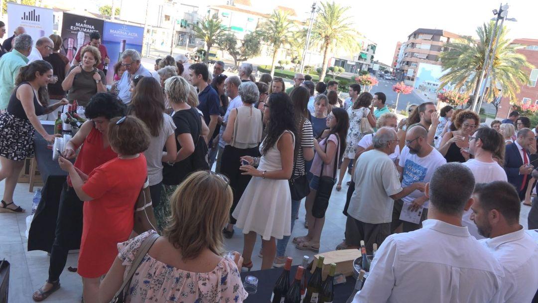 Maridaje de vino y cine en la Casa de Cultura de l'Alfàs al abrigo del 29 Festival