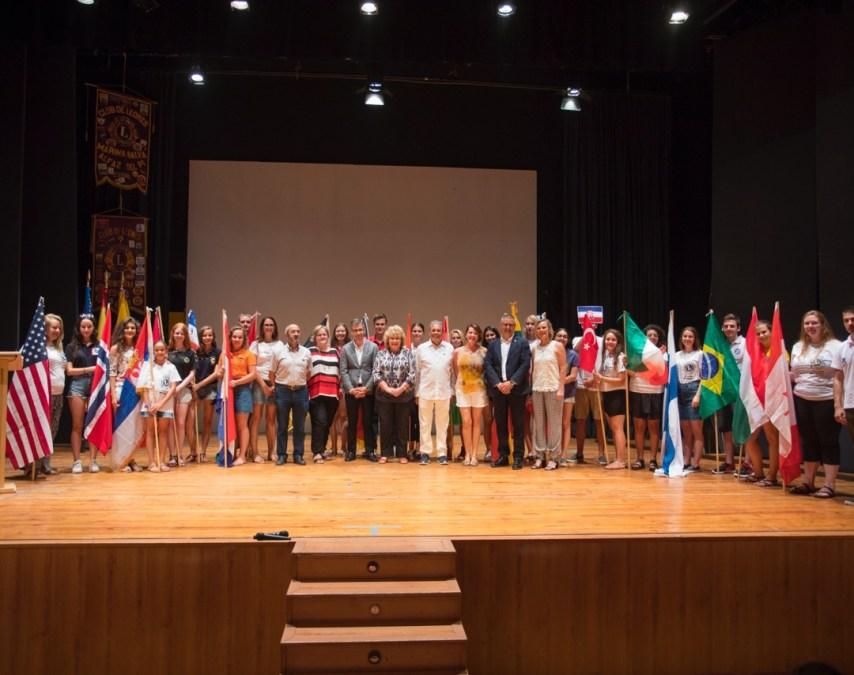 L'Alfàs inauguró un campamento internacional de jóvenes impulsado por el Club de Leones