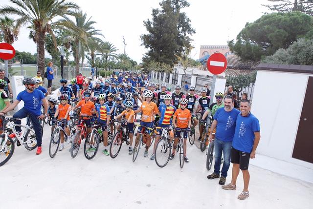 """Màs de mil personas participaron el 1 de octubre  en el día de la bicicleta y la fiesta """"l'Alfàs más deporte"""""""