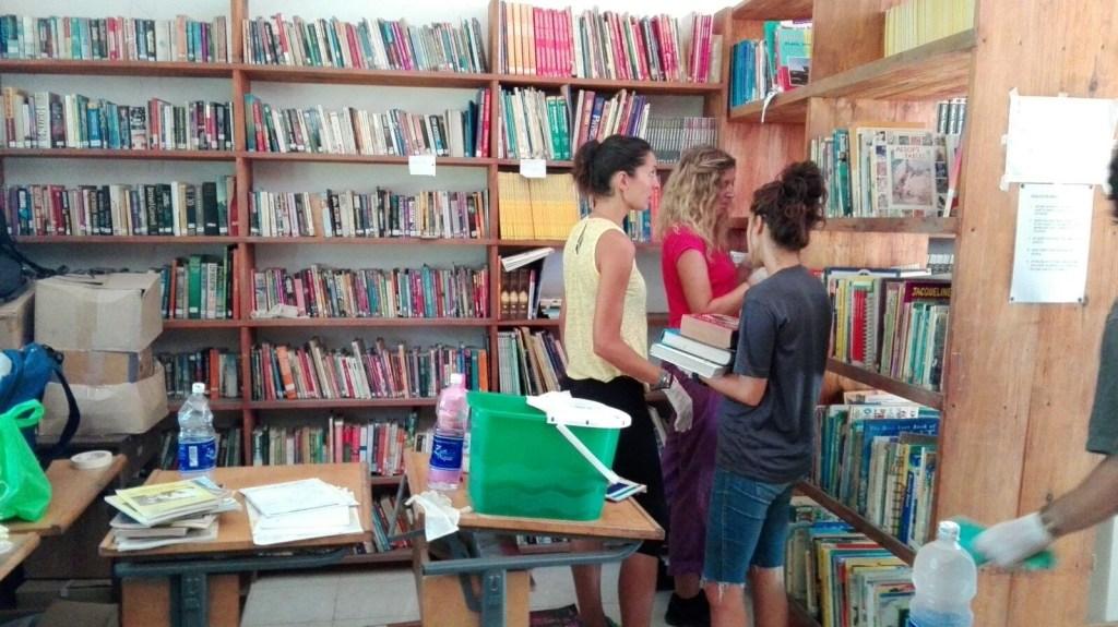 biblioteca de l'alfas en tanzania