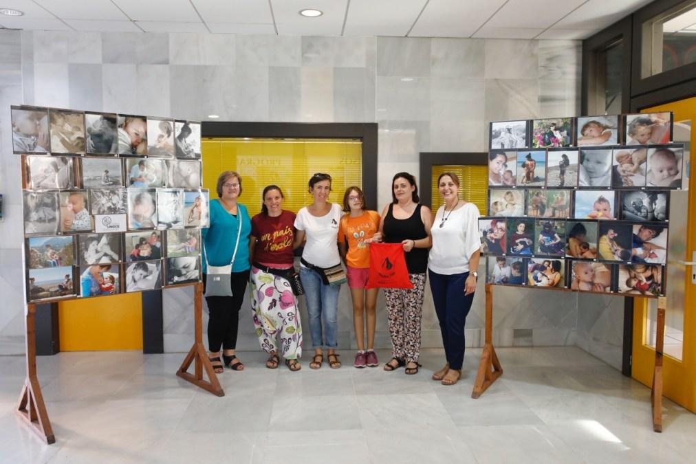 Llega a l'Alfàs la exposición de fotografías del concurso de lactancia materna que promueve AmamaLuna