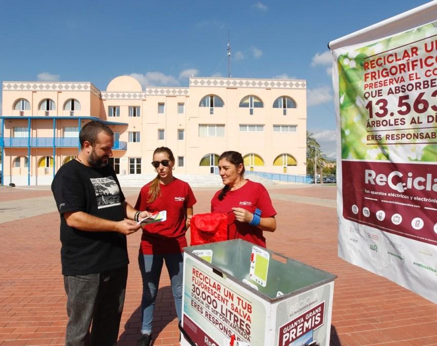 """L'Alfàs pone en marcha la campaña """"Recicla tus aparatos eléctricos y electrónicos"""