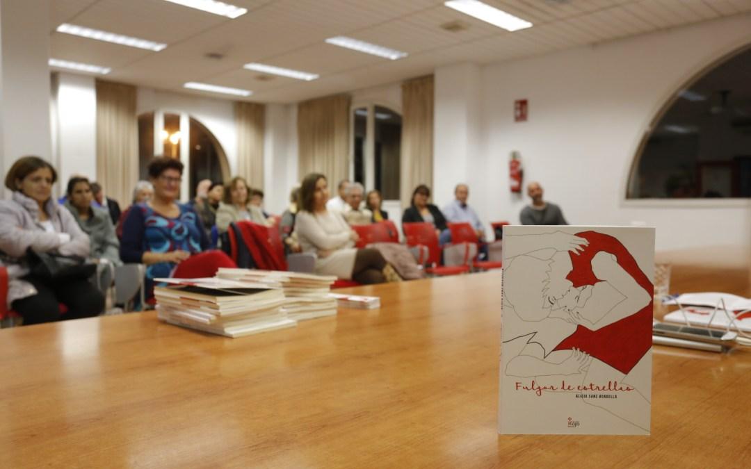"""Alicia Sanz Boadella presenta su último libro """"Fulgor de estrellas"""" en l'Alfàs del Pi"""