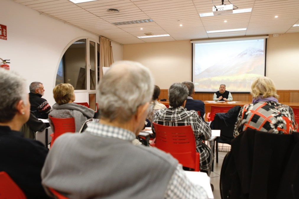 Con la charla sobre Kazuo Ishiguro arrancan las Jornadas de Cultura Creativa de l'Alfàs