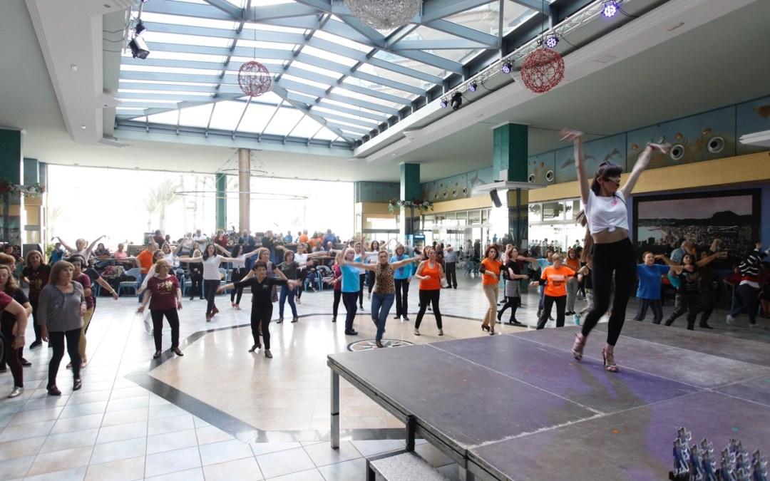 El noveno Encuentro de Escuelas de Baile de l'Alfàs concentra en el municipio a más de 300 aficionados