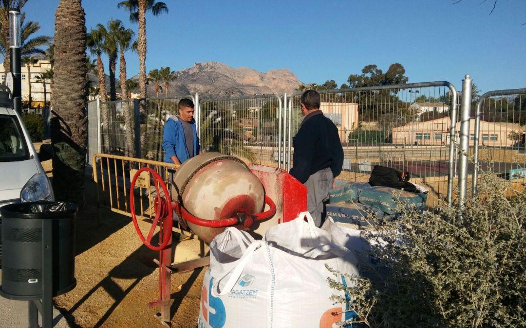 L'Alfàs inicia la instalación de un circuito biosaludable en la avinguda dels Esports