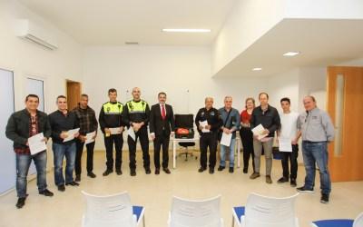 La Policía Local de l'Alfàs incorpora un nuevo desfribrilador a uno de sus coches patrulla