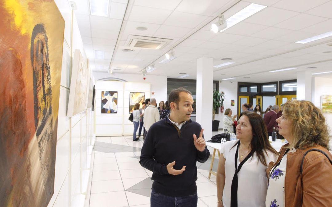 Abierta al público la exposición de Juan Francisco García en l'Alfàs