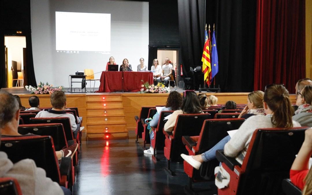 L'Alfàs informa a las familias de niños de 2 y 3 años sobre el proceso de matriculación