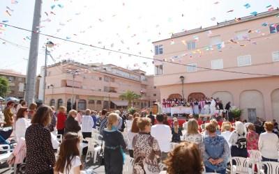 Finalizan las fiestas de la Creueta con la misa y las danzas tradicionales