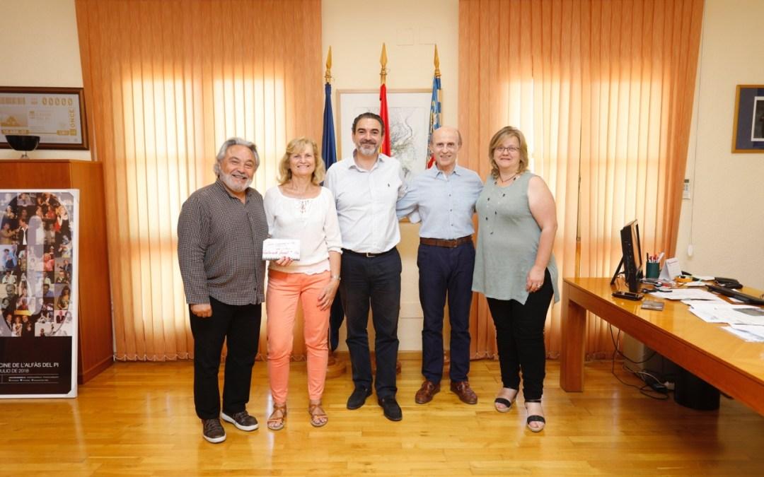 El Festival de Coros dona 1.450 euros al Voluntariado Social de l'Alfàs