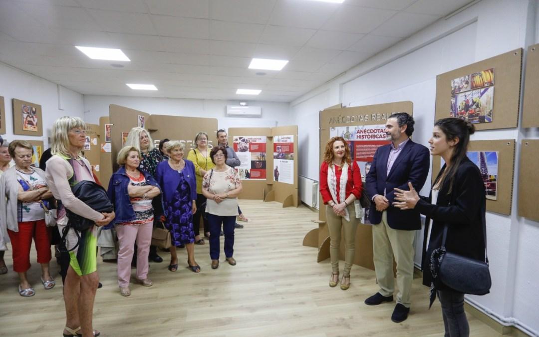 """Se inaugura en l'Alfàs la exposición """"Bomberos de Cine"""""""