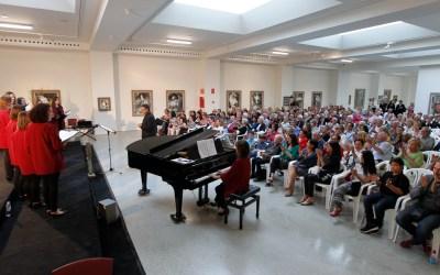 El público se vuelca con el Festival  Internacional de Coros de l'Alfàs