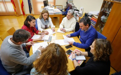 El Ayuntamiento de l'Alfàs y el CEFIRE de Alicante colaboran en proyectos de formación para el profesorado