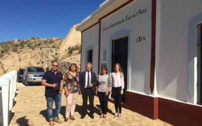 Representantes de la Autoridad Portuaria de Alicante visitan el Faro de l'Albir