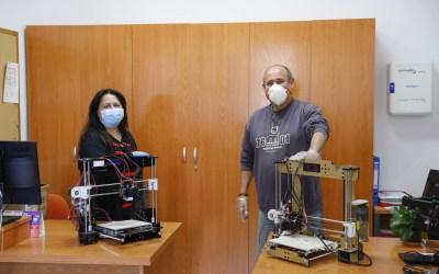 El Ayuntamiento de l'Alfàs dona dos impresoras 3D a la asociación de empresarios COEMPA