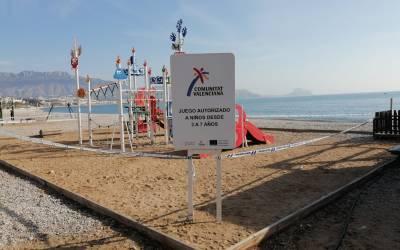 L'Alfàs cierra su playa de l'Albir al coronavirus