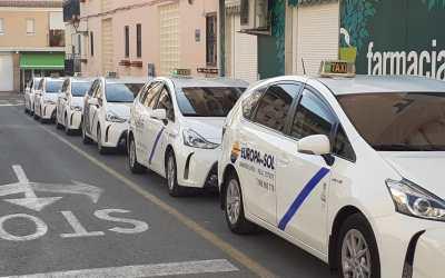 Los Taxis de l'Alfàs estudian regular la uniformidad en el sector