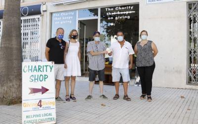 Giving4Giving Costa Blanca dona 1.000 euros a la Asociación Voluntariado Social de l'Alfàs del Pi