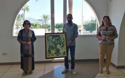 La familia del pintor alteano Juan Navarro Ramón dona uno de sus cuadros al Ayuntamiento de l'Alfàs