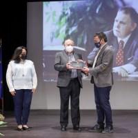 Tras 40 años de servicio público se jubila el secretario del Ayuntamiento de l'Alfàs
