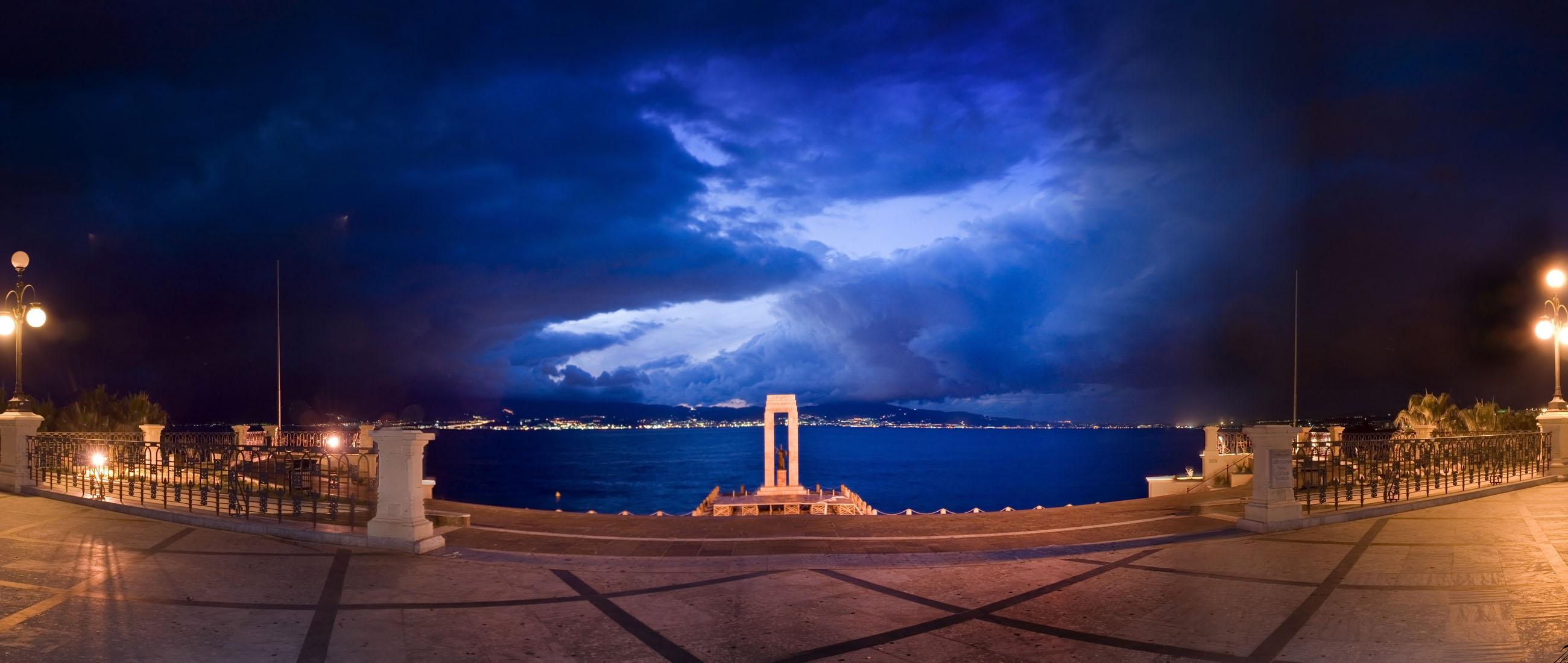Reggio Calabria lungomare Panorama
