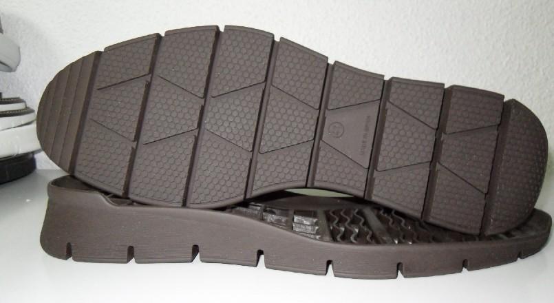 La suela del zapato es la parte que permite amortiguar la pisada y la comodidad del calzado depende mucho de este elemento