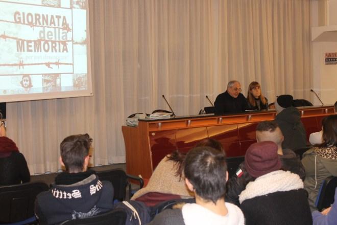 incontro con Manfredo Coen al Panzini di Senigallia - giornata della memoria 2016