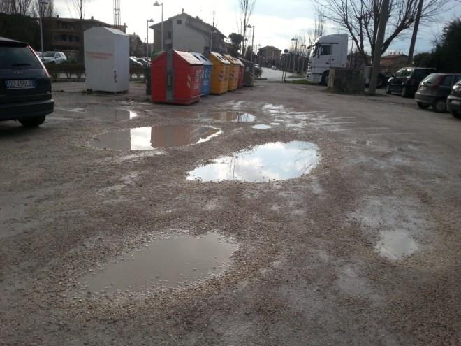"""Diotallevi: """"Caos parcheggi alla scuola Faa di Bruno di Marotta"""""""