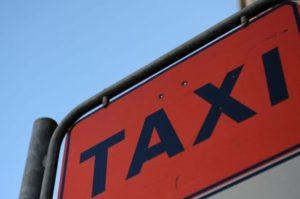 A Castelleone si assegna una licenza per il servizio di taxi