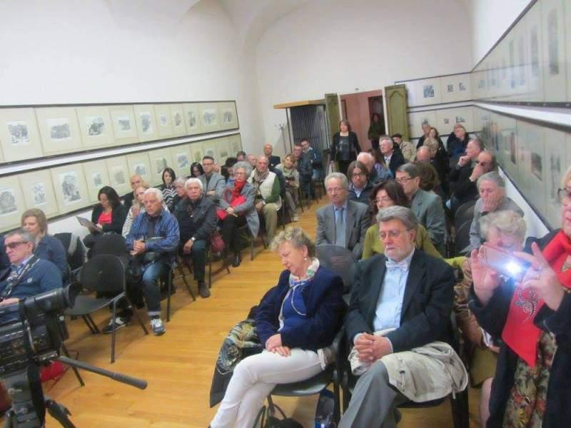 Plauso a Urbino per la collettiva d'arte contemporanea