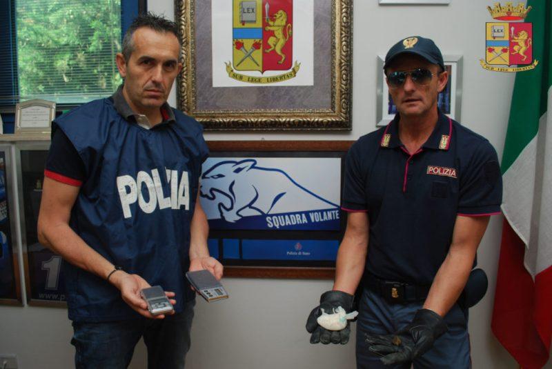 La polizia sgomina una banda dedita ai furti e allo spaccio di droga