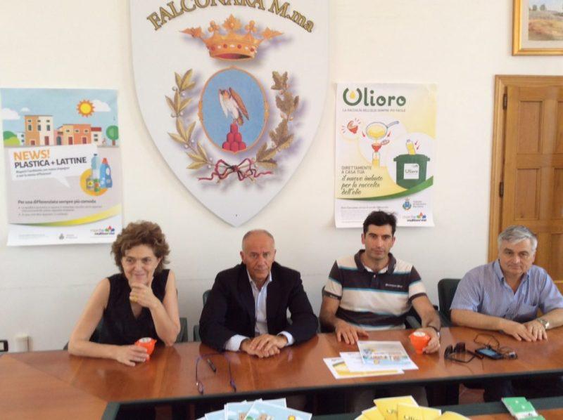 A Falconara prende il vai la nuova raccolta dell'olio alimentare