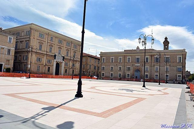 Fruibile da martedì a Senigallia la nuova piazza Garibaldi