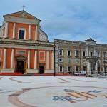 Senigallia, gli stemmi papali e la nuova piazza Garibaldi