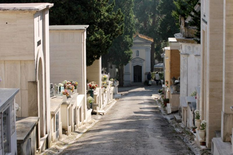 SENIGALLIA / Continuano i furti al cimitero Maggiore delle Grazie