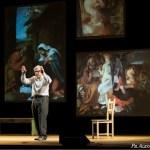 SENIGALLIA / Vittorio Sgarbi incanta il pubblico del Teatro La Fenice con il suo Caravaggio