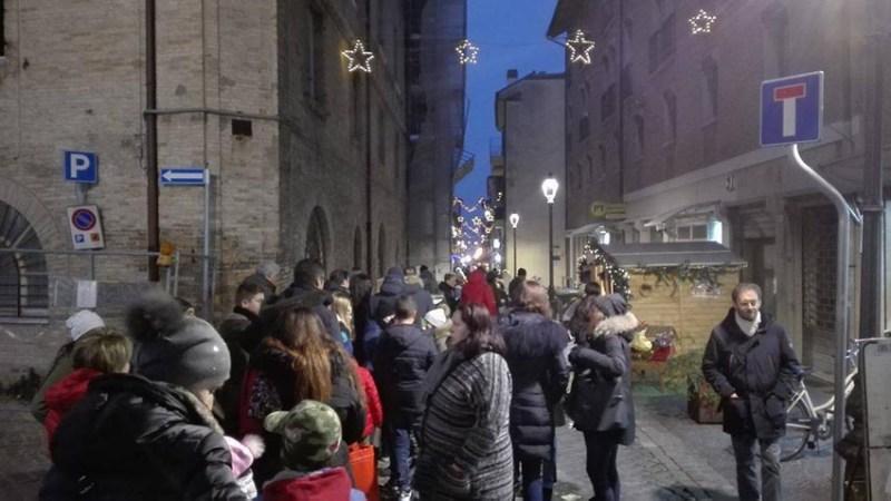 Un Babbo Natale speciale per i sogni futuristi dei bambini di Fano