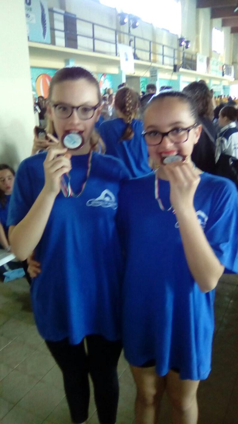 Sorrisi e medaglie per il Senigallia nuoto al Trofeo Around sincro di Cesenatico