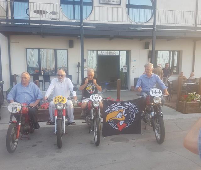 Tre piloti di Senigallia alla Milano-Taranto, la storica maratona su moto d'epoca alla scoperta dell'Italia