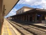 Una donna travolta da un treno in transito alla Stazione ferroviaria di Fano