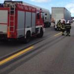 Allarme sull'autostrada: un furgone con farmaci radioattivi tampona un Tir